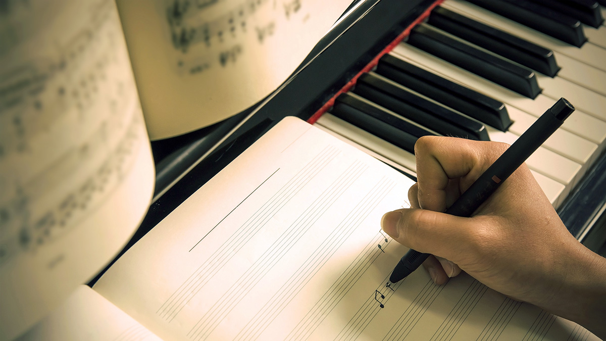 How To Write A Song in 7 Simple Steps